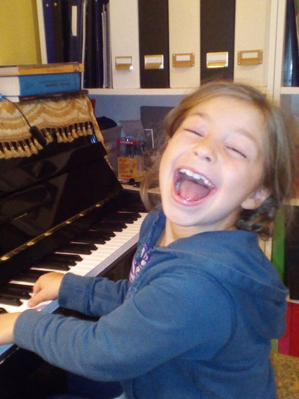 We are happy to play piano!